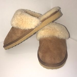 Shoes - COZY COMFY SLIPPERS BROWN AND BEIGE